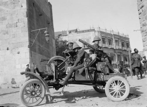 British soldiers with Lewis Machine guns posted at Jaffa Gate, Jerusalem, Palestine circa 1920